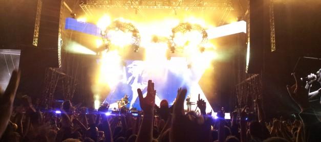 Depeche Mode отново зашеметиха София 12.05.2013 (Видео)